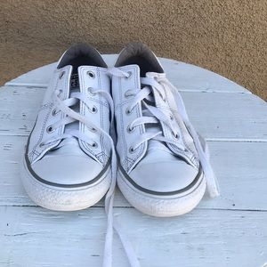 Converse sneakers for boy or girl Size …